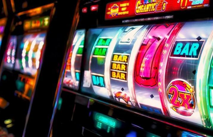 Играть в флеш слоты игровые автоматы подключение лотерейного терминала к globalslots
