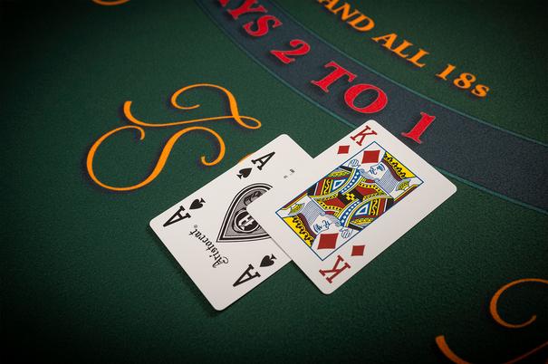 Казино рояль онлайн hd качество бесплатные азартные игры игровые автоматы играть бесплатно в казино